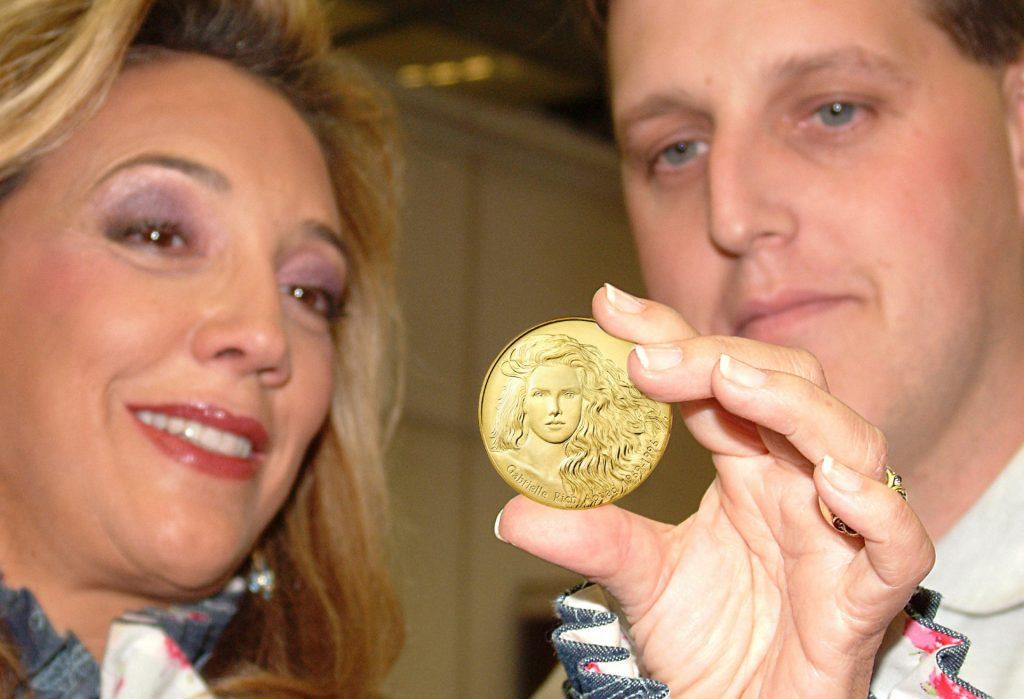 British Royal Mint Creates Gabrielle Medal